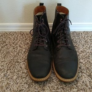 Timberlands Black lace up boots with zippers